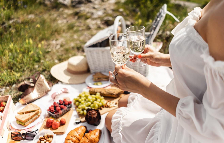 Photo wallpaper stay, glasses, picnic