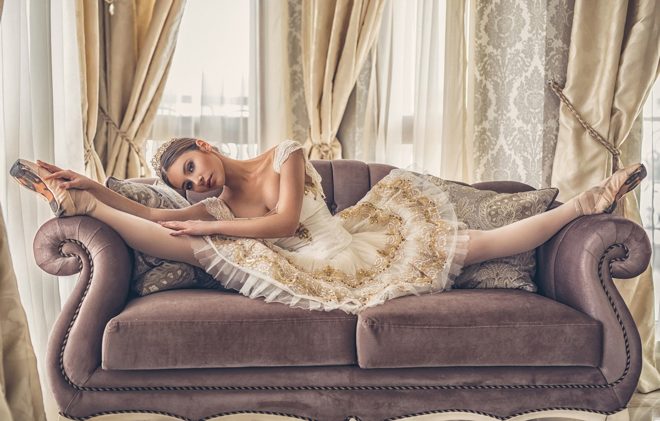 Photo wallpaper girl, pose, sofa, feet, ballerina, pack, twine, Ivan Slavov