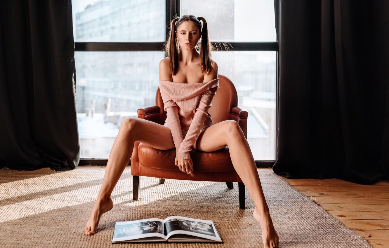 Photo wallpaper legs, brown hair, breast, photo, photographer, barefoot, model, lips, face, brunette, book, armchair, chest, sitting, …