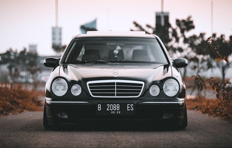 Photo wallpaper Mercedes - Benz, W210, E260