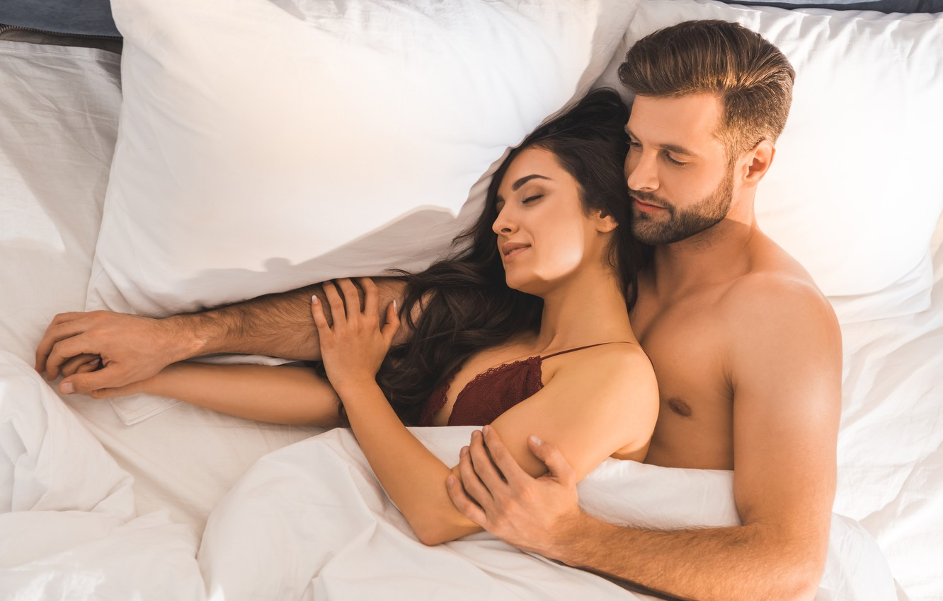 Photo wallpaper love, woman, man, hug, smiles, bed, underwear, sleeping