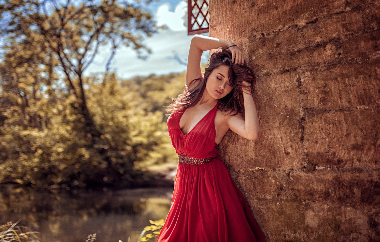 Photo wallpaper the sun, trees, sexy, pose, pond, model, portrait, makeup, garden, dress, hairstyle, brown hair, is, …