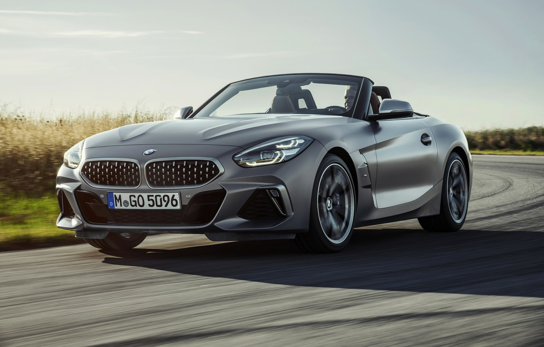Photo wallpaper the sky, grass, asphalt, grey, BMW, Roadster, BMW Z4, M40i, Z4, 2019, G29