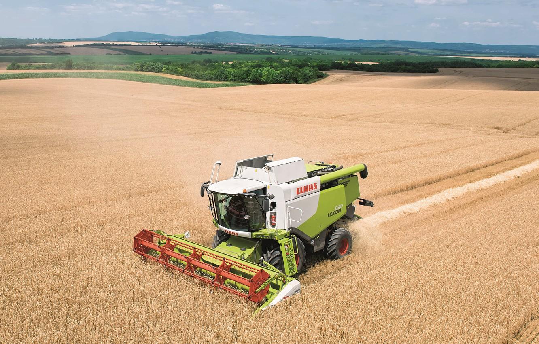 Photo wallpaper field, harvester, Claas Lexion