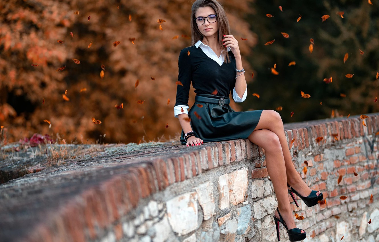 Photo wallpaper autumn, look, leaves, decoration, trees, model, skirt, portrait, makeup, figure, glasses, hairstyle, shoes, blouse, brown …