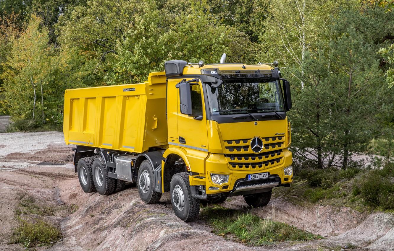 Photo wallpaper trees, yellow, Mercedes-Benz, dump truck, Arocs, four-axle