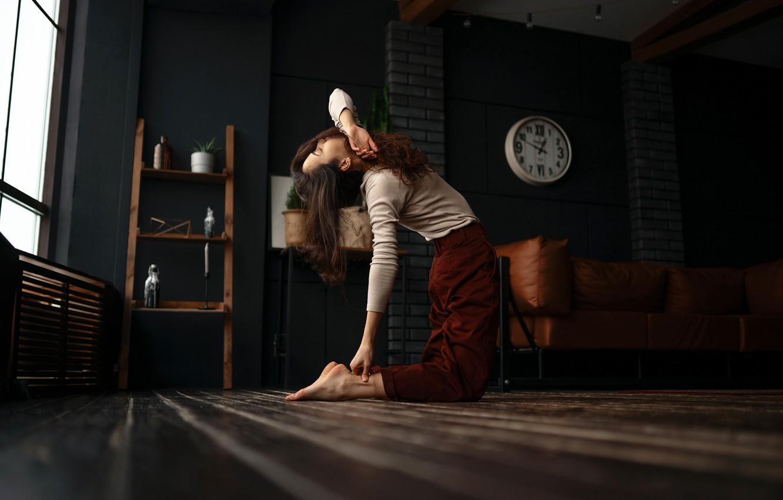 Photo wallpaper girl, light, pose, room, hair, watch, window, bending, Kustarev Maxim