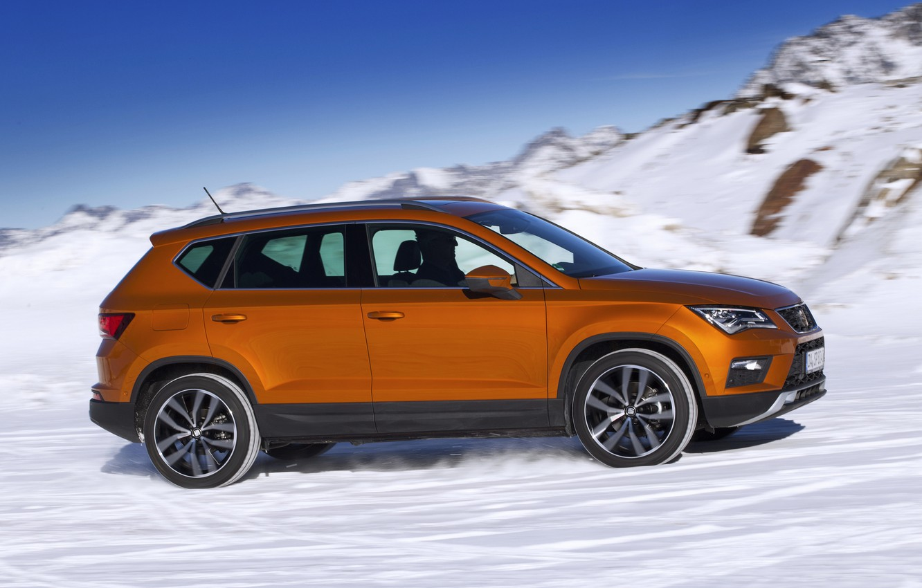 Photo wallpaper snow, speed, side view, SUV, Seat, 2017, 4Drive, Ateca
