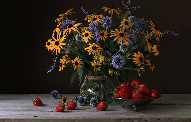 Photo wallpaper bouquet, strawberry, Echinacea