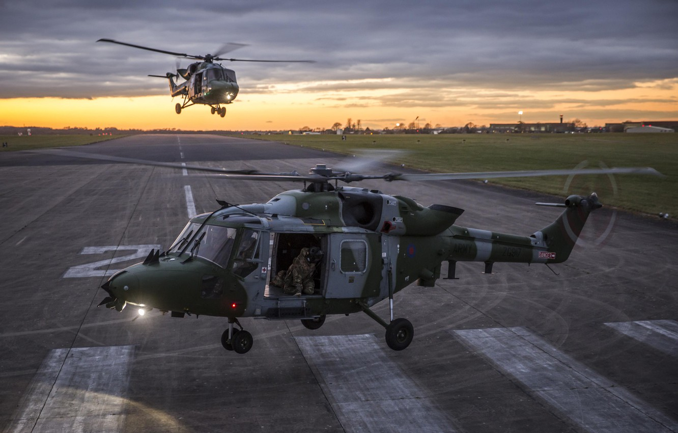 Photo wallpaper sunset, helicopters, pair, runway, British Army, Westland, Lynx, Air Corps, gunner, Mk.9