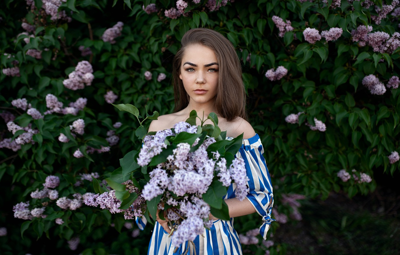 Photo wallpaper girl, nature, dress, brunette, shoulders, the bushes, lilac, Andrew Stankūnas