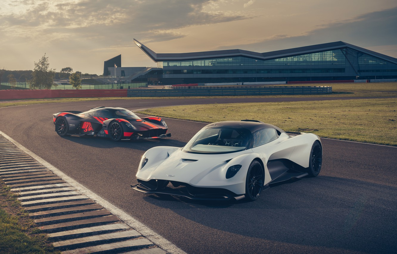 Photo wallpaper machine, Aston Martin, lights, supercar, track, hypercar, Valkyrie, Red Bull Racing, Valhalla