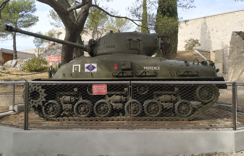 Photo wallpaper tank, sherman, provence, sherman tank, toulon
