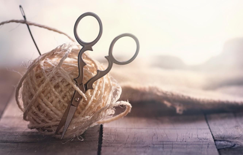Photo wallpaper macro, thread, scissors