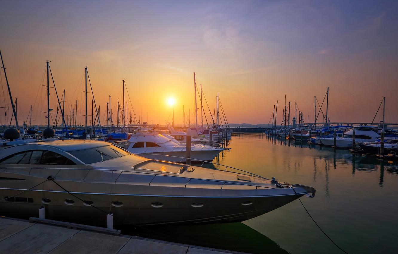 Photo wallpaper the sun, sunset, Bay, yachts
