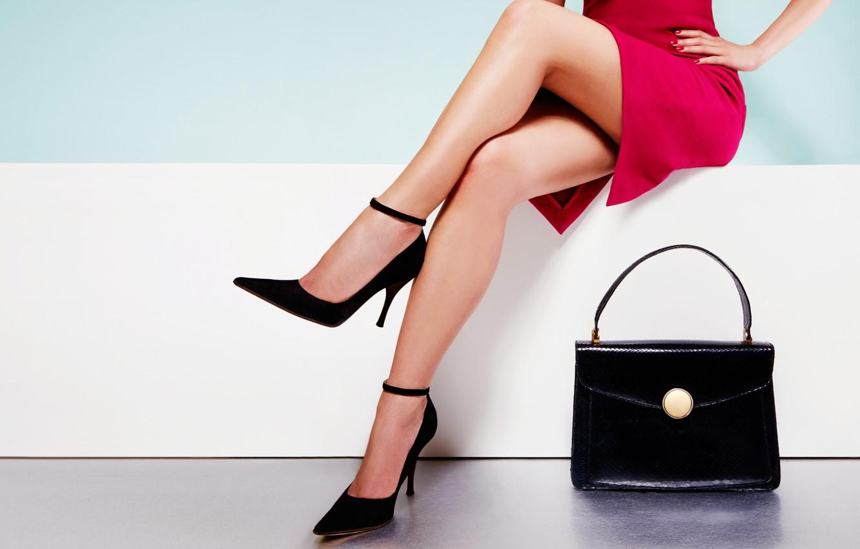Photo wallpaper glamour, fashion, manicure, on the heels, bright dress, slender legs, elegant shape, bright dress, черная …