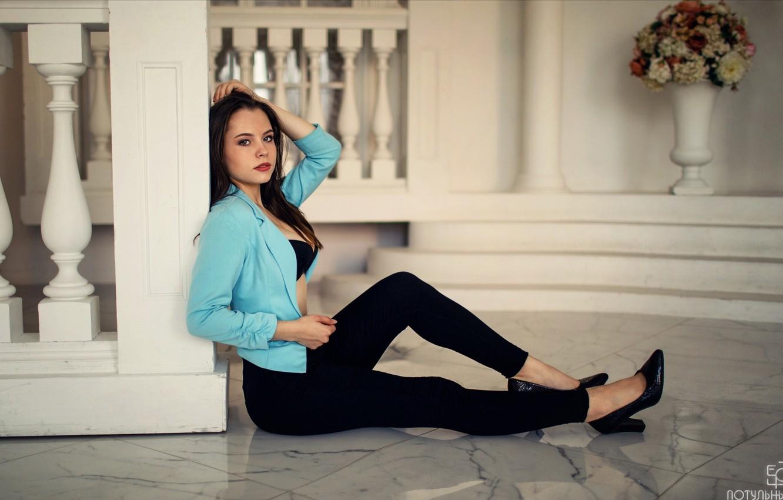 Photo wallpaper look, Girl, legs, sitting, Sergey Potulny, Aleksandra Guschina