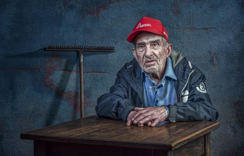 Photo wallpaper people, portrait, the old man, rake