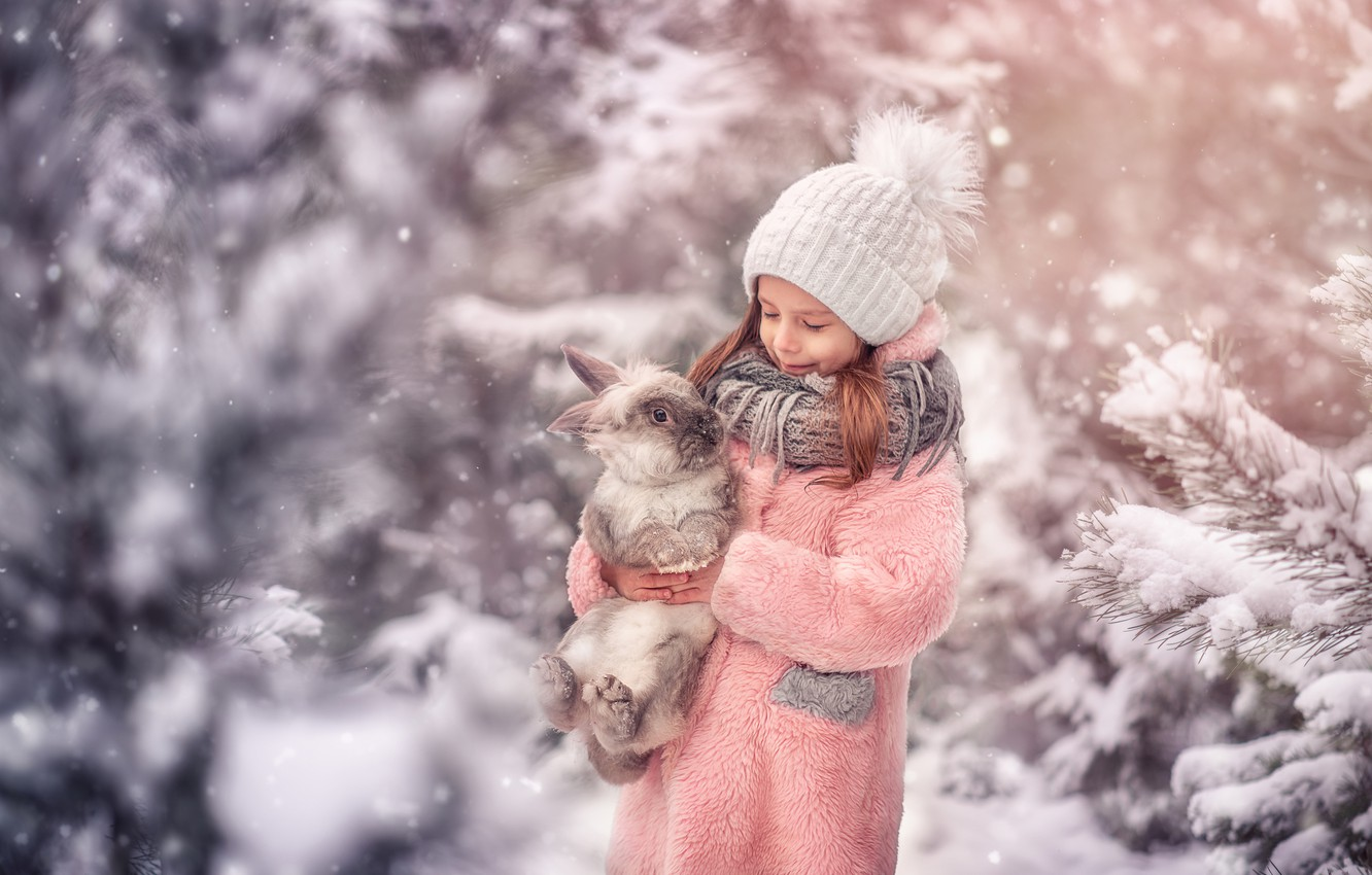 Photo wallpaper winter, snow, hat, rabbit, girl, friends, coat, Марта Козел