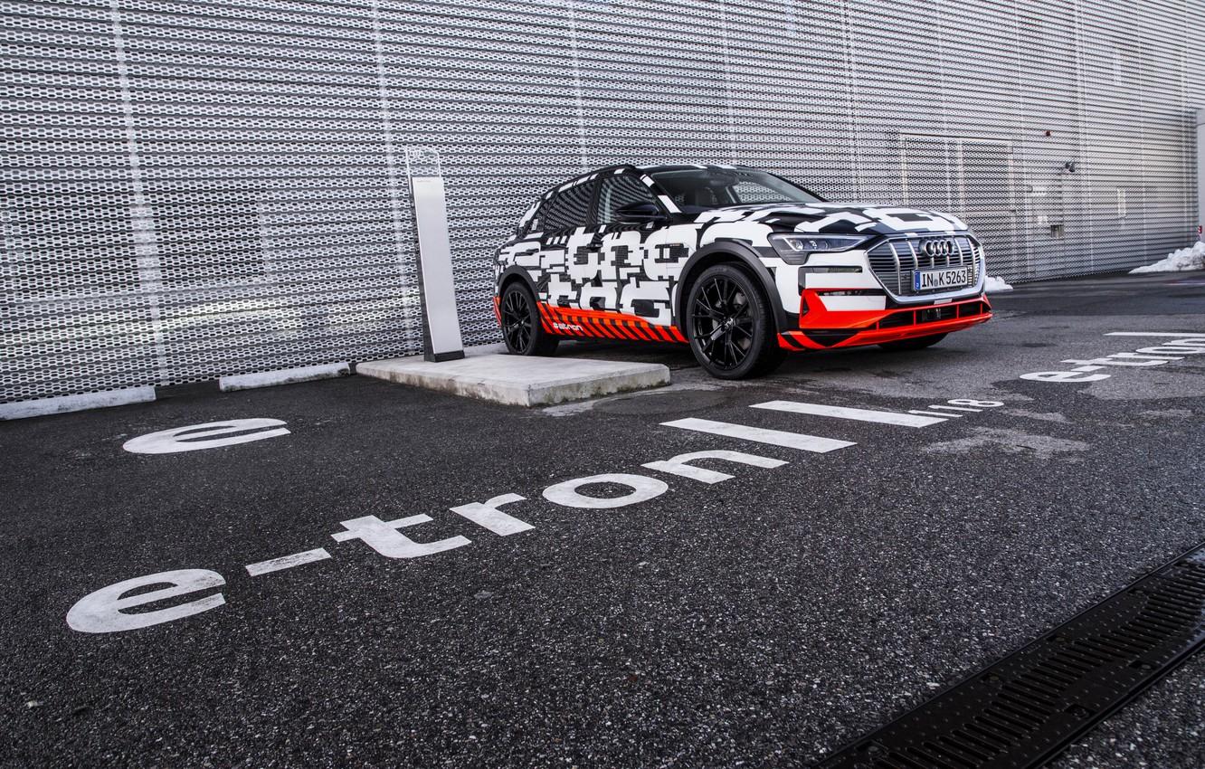 Photo wallpaper asphalt, Audi, Parking, 2018, E-Tron Prototype