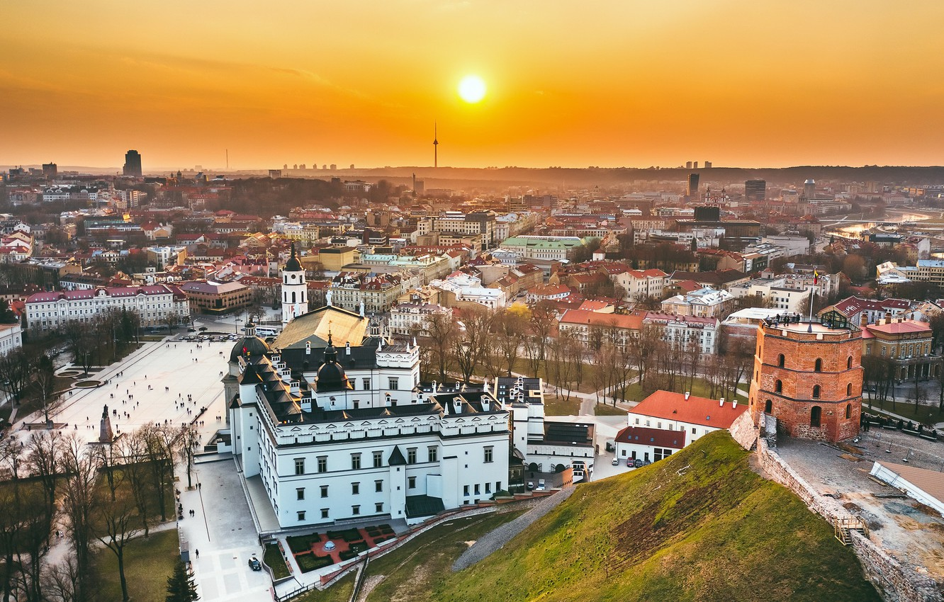 Photo wallpaper Lithuania, Vilnius, Gediminas castle, The palace