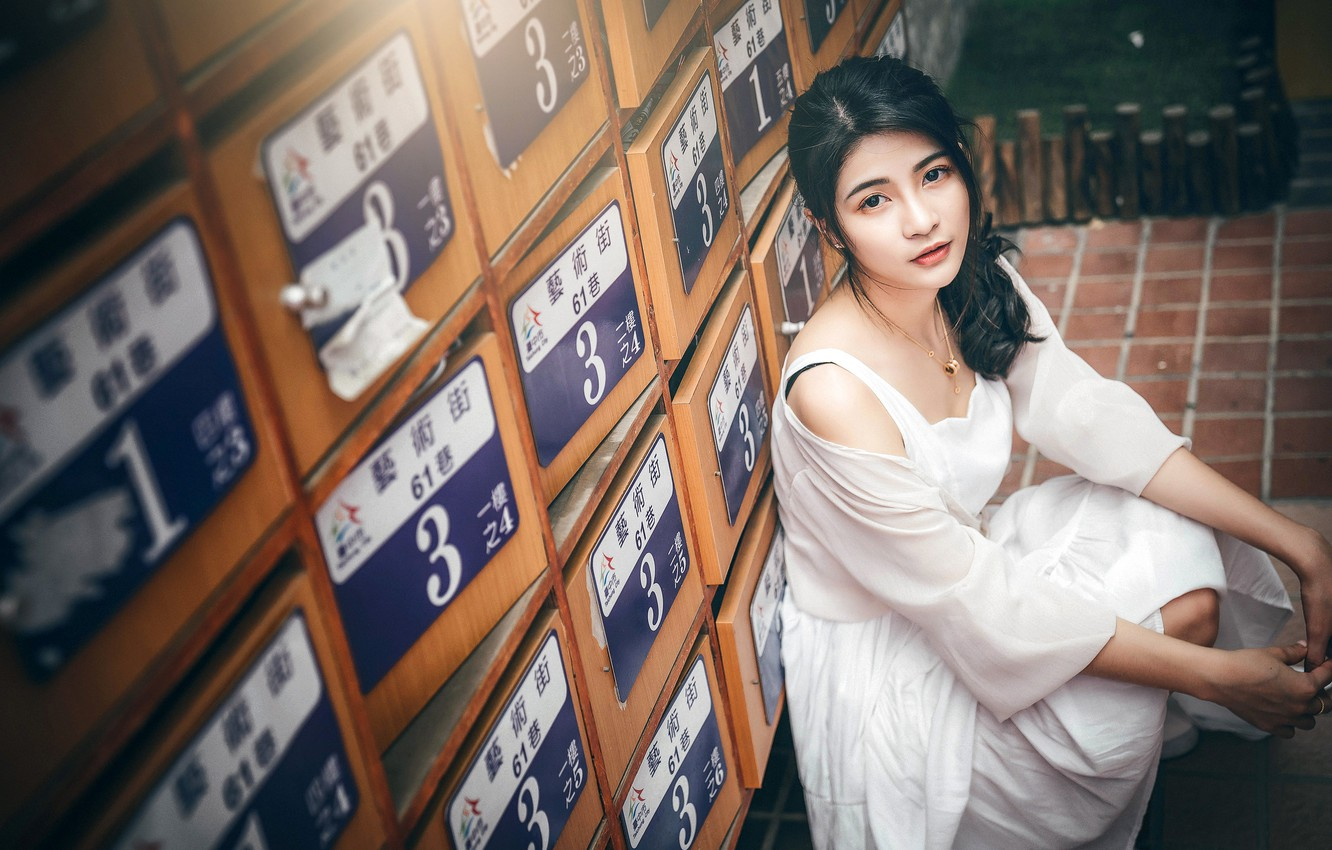 Photo wallpaper look, pose, model, portrait, makeup, dress, brunette, hairstyle, Asian, sitting, in white, lockers, squat