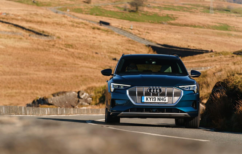 Photo wallpaper Audi, E-Tron, on the road, 2019, UK version