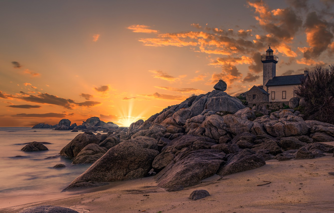 Photo wallpaper sand, sea, the sun, rays, landscape, sunset, nature, stones, shore, France, lighthouse, Brittany, Lighthouse of …
