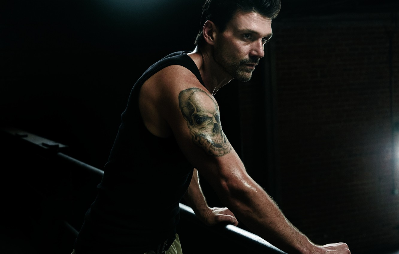 Photo wallpaper look, pose, the series, bristles, tattoo, Kingdom, Kingdom, skull tattoo, Frank Grillo, Frank Grillo, Alvi …