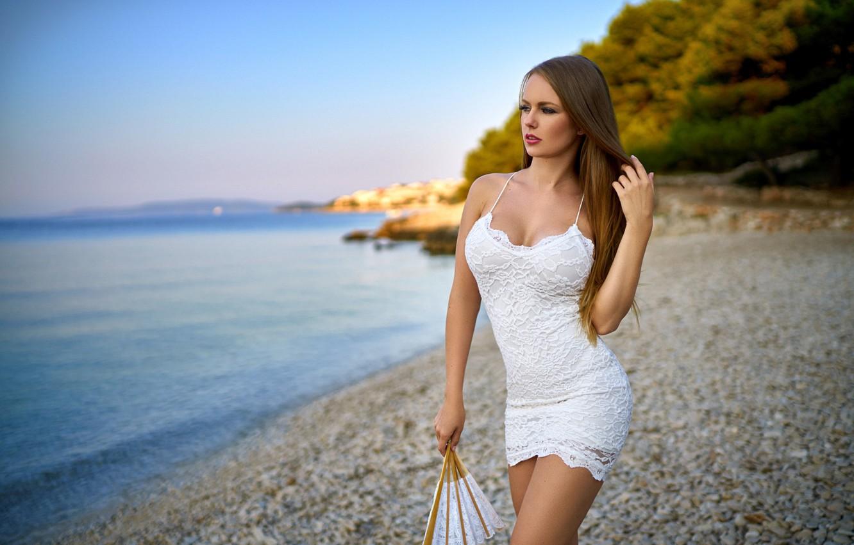 Wallpaper : women outdoors, model, sea, shore, sand