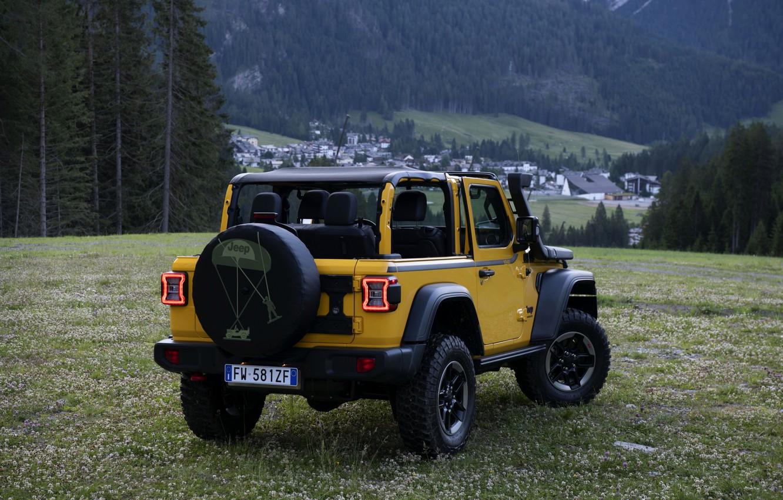 Photo wallpaper yellow, SUV, rear view, 4x4, Jeep, Mopar, 2019, Wrangler Rubicon 1941