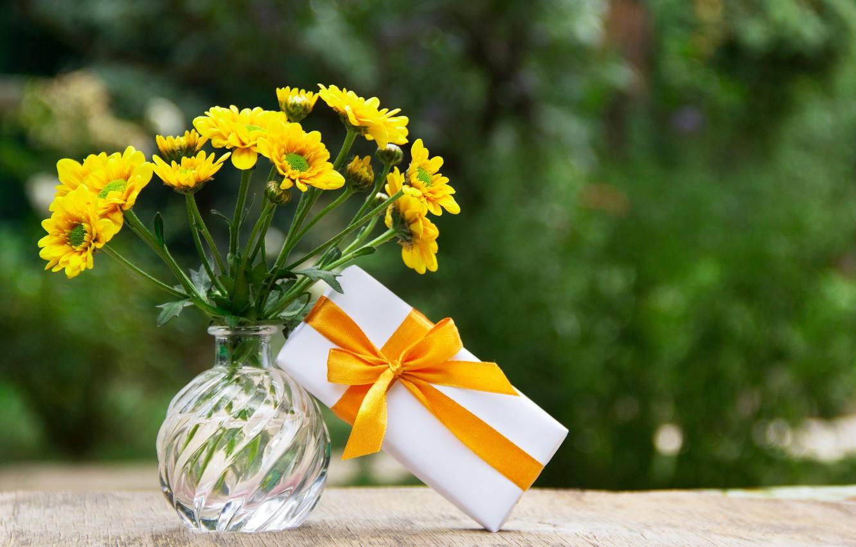 Photo wallpaper flowers, table, gift, bouquet, vase, field