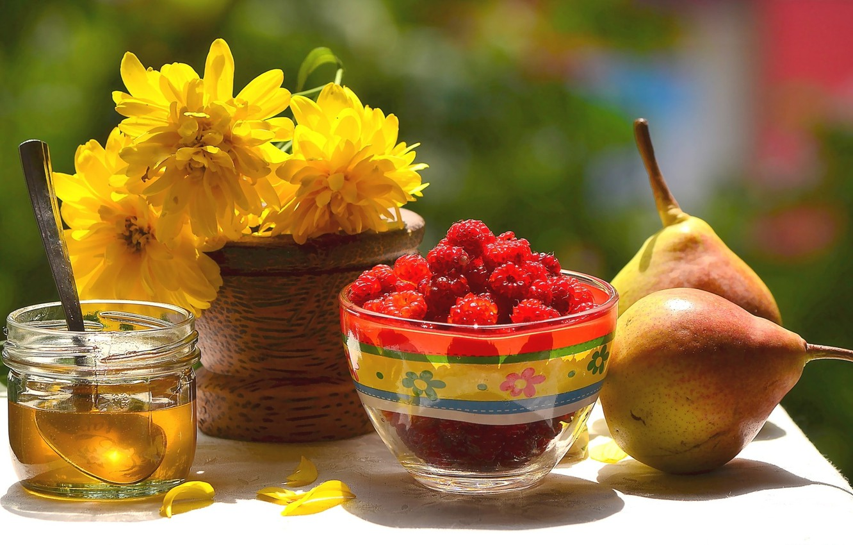 Photo wallpaper flowers, raspberry, honey, pear