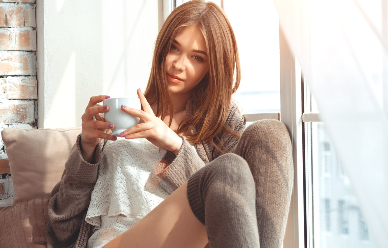 Photo wallpaper girl, smile, model, coffee, Cup, girl, Beautiful, cup, coffee, smiling