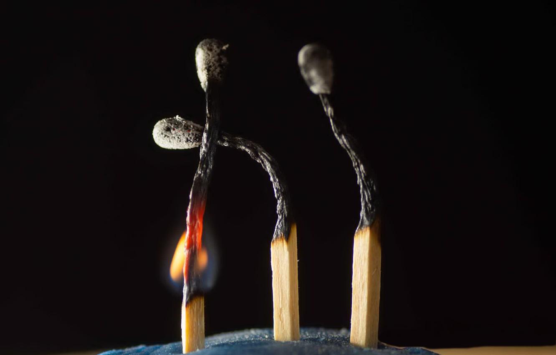 Photo wallpaper macro, fire, matches