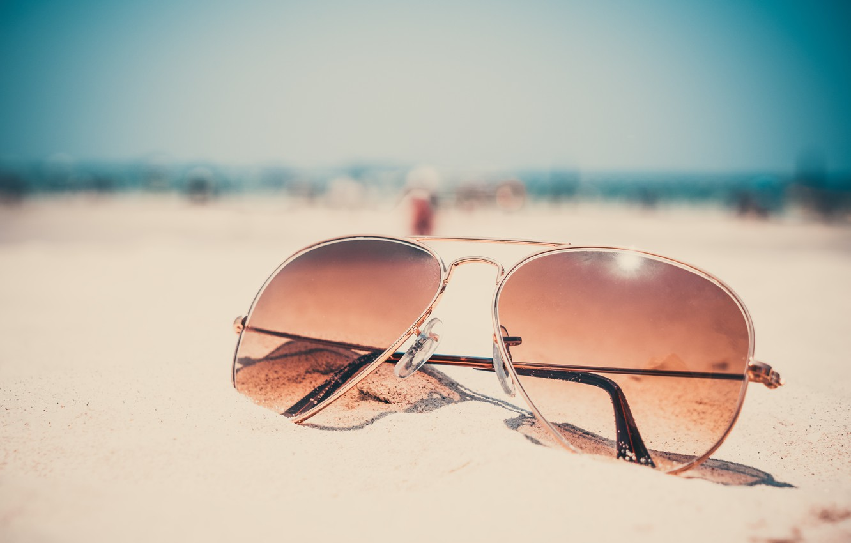 Photo wallpaper sand, sea, beach, summer, stay, glasses, summer, beach, sea, sand, vacation, sunglasses