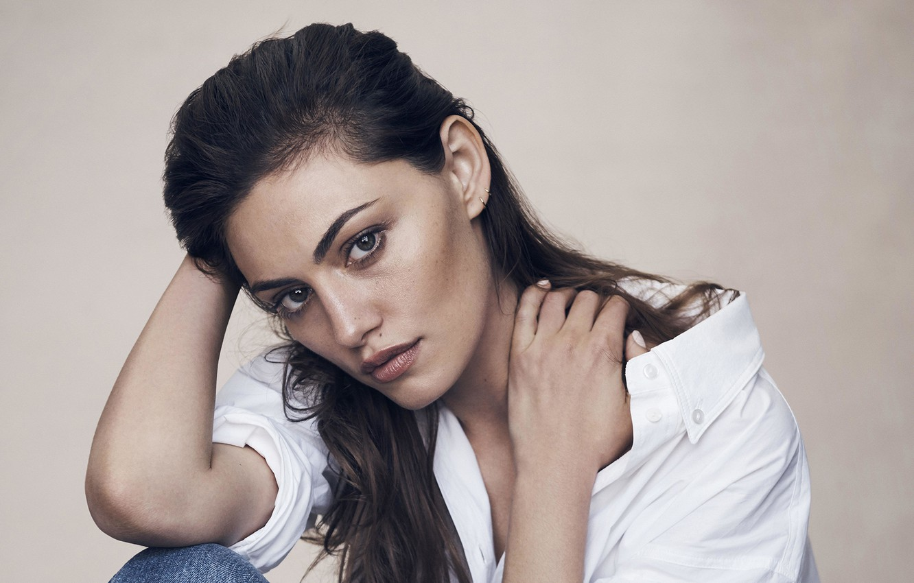 Wallpaper Look Girl Pose Shirt Phoebe Tonkin Images For