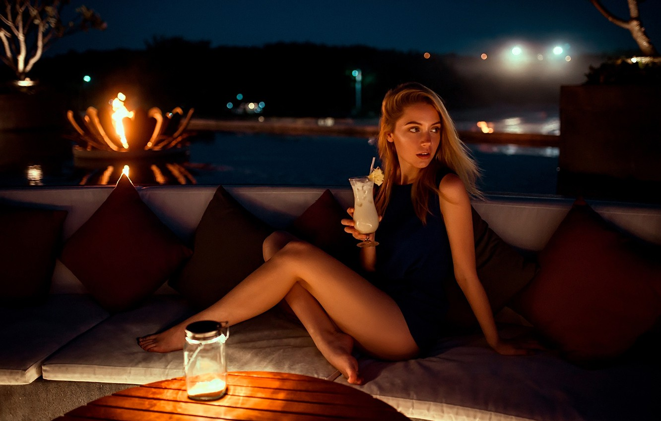 Photo wallpaper night, lights, sexy, pose, table, model, portrait, pillow, makeup, figure, dress, hairstyle, cocktail, brown hair, …