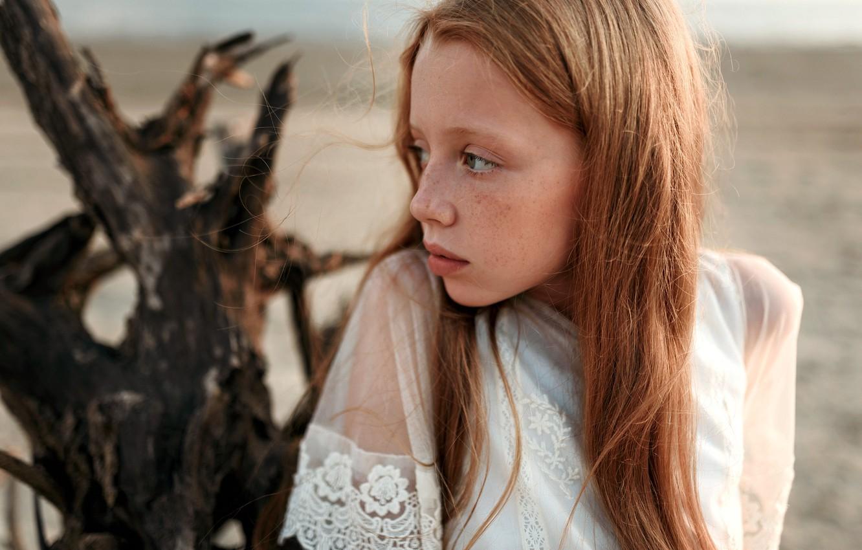 Photo wallpaper girl, freckles, Juliana Naidenova