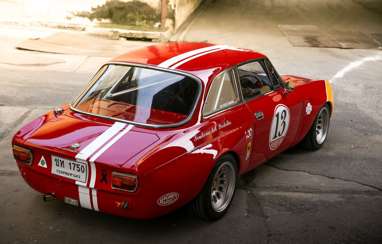 Photo wallpaper Red, Coupe, Corsa, Sportcar, Alfa Romeo GTA